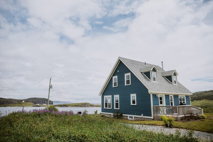 Artisan Inn's Blueberry Cottage - Trinity