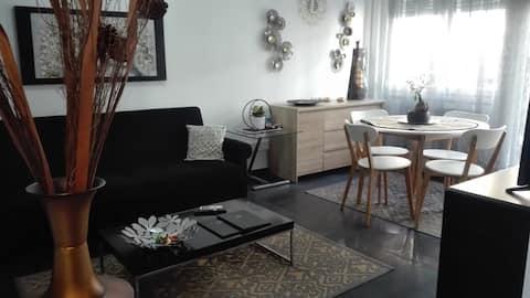 City Center Comfortable studio apartment.