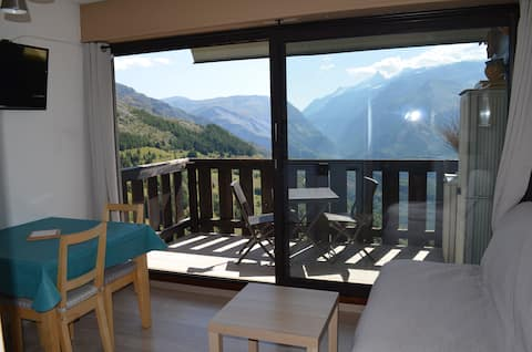 Auris/Alpe d'Huez, joli 2 pièces, pied des pistes