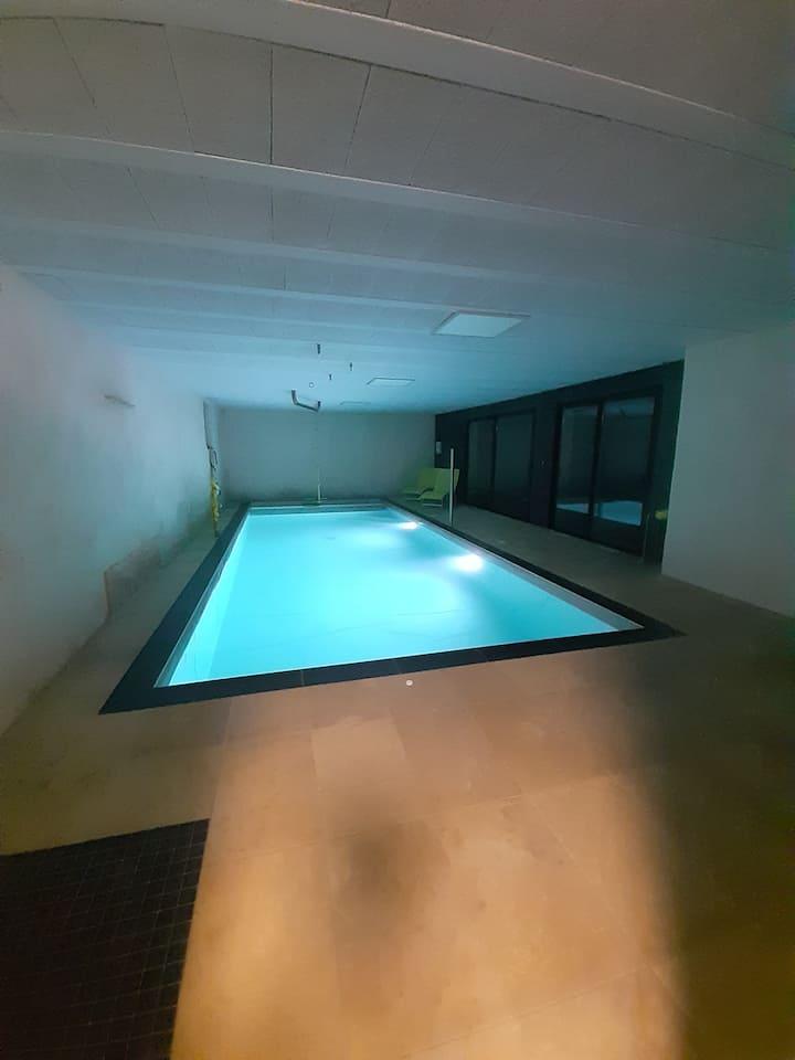 Maison avec piscine intérieure près de rennes
