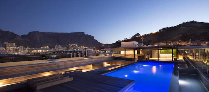 Urban Elephant Apartment 309, Table Mountain View