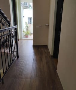 Flat Pathway to Guest Entrance