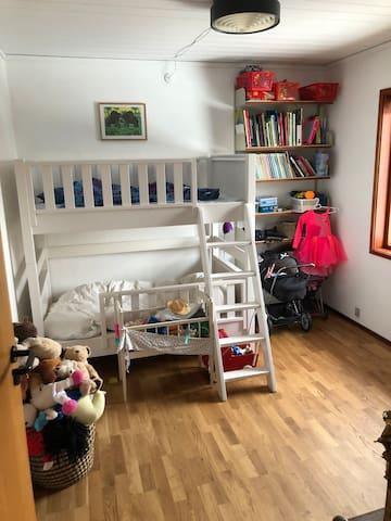Kids room, ground floor. With bunk bed (junior size)