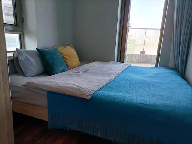 1.8/2米的大床