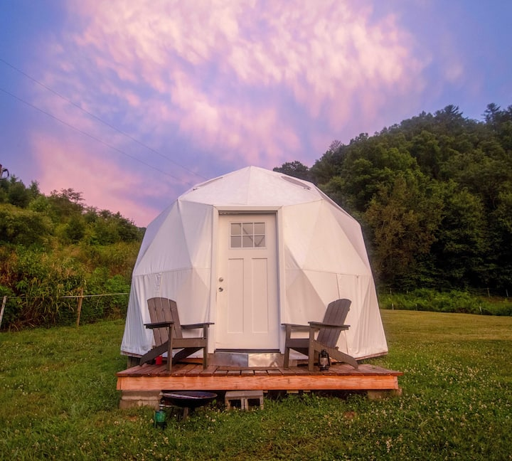 Smoky Mountains Glamping Dome #1 (Read Details)