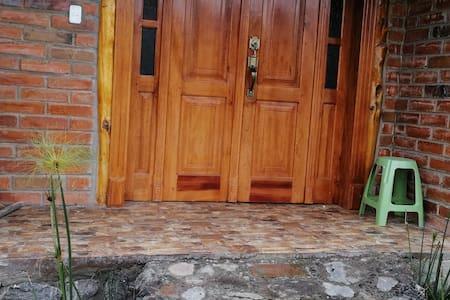 Entrada amplia para los huéspedes