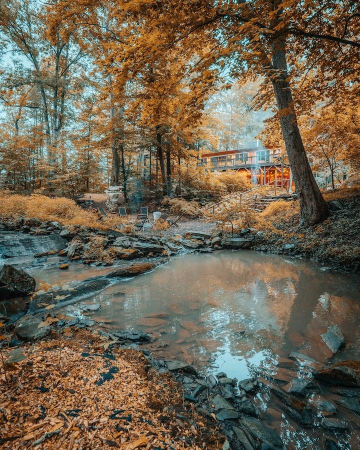 GratefulWoods:82acre-MultiUnit-HtTub-Firept-Trails