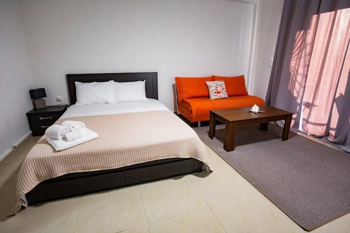 Orestiada Center Deluxe Family Apartment