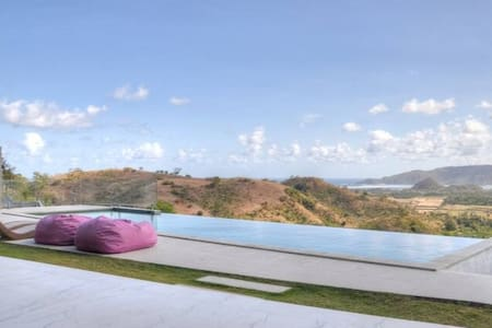 Villa Alasa, Private Hilltop Seaview Villa for 2