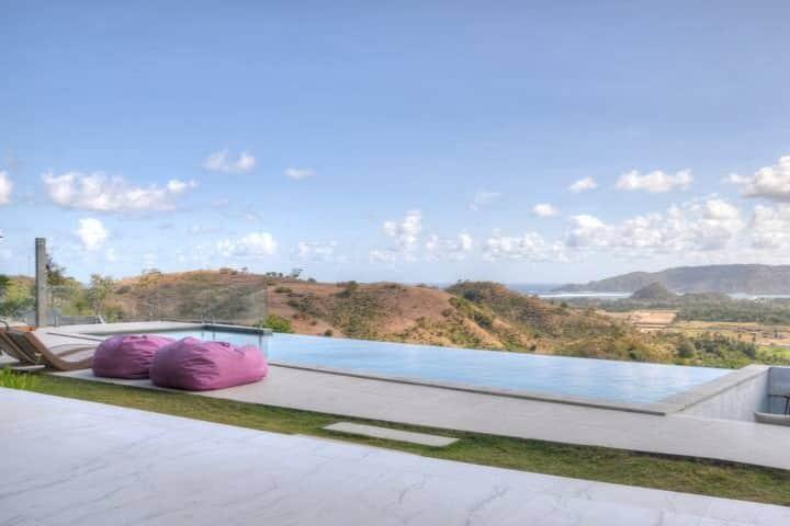 Villa Alasa, Private Hilltop Seaview Villa for 2