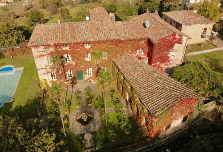 Picturesque & Historic Villa near Lucca - Tuscany