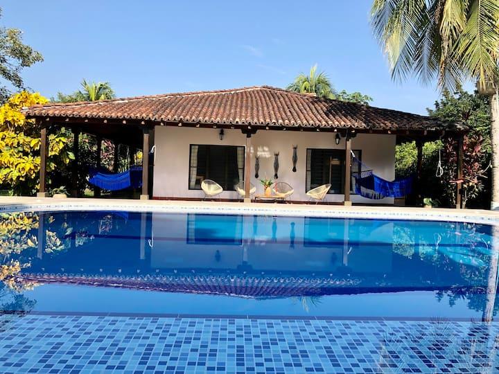 Villa Victoria. Hermosa, Tranquila y Fresca Quinta