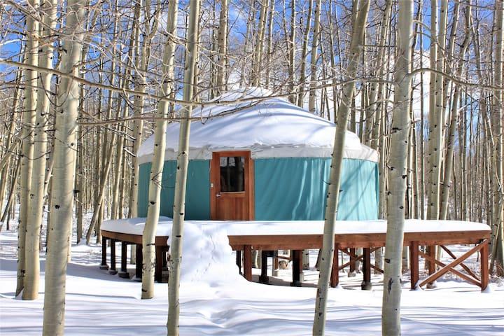 Snowmobiler's Paradise. Yurt Colorado high country