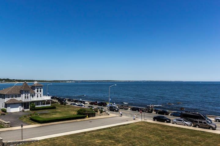 Unlimited Ocean View, 85 Ocean Road, Unit 301