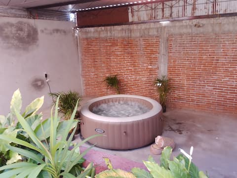 Double Room in Fabulous Home Near Ruins
