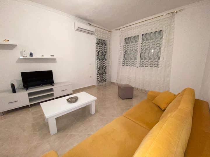 Flori's Apartament