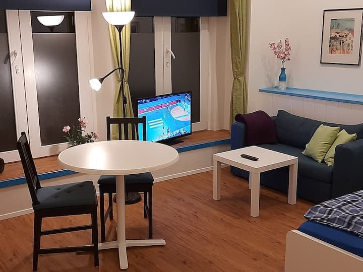 Modernes Apartment in Düsseldorf-Unterbilk, EG
