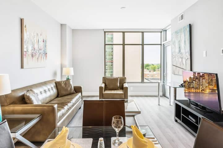 Newly renovated 1BR apt in Bethesda + pool & gym!
