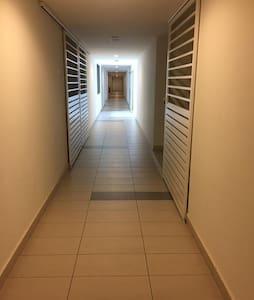 Main corridor towards apartment