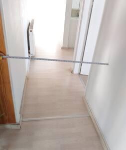 Corridor 100 cm width.