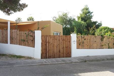 House in Cala tarida, close to beach,max. 5 Adults