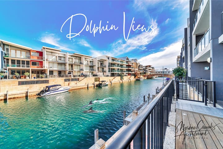 Dolphins At Your Balcony! Waterfront ✭ Sleeps 6