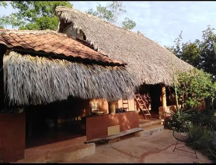 IDEAL HOUSE FOR REST IN MAZUNTE 5 MIN FROM THE SEA