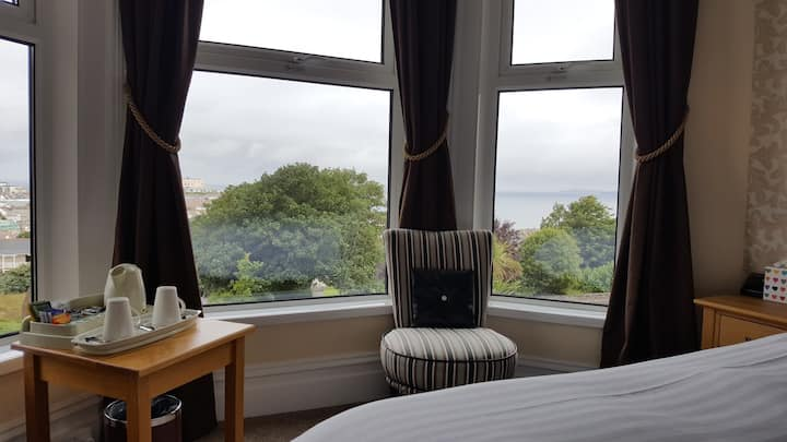 Geckos Rest B&B - Classic Double Room - Sea View