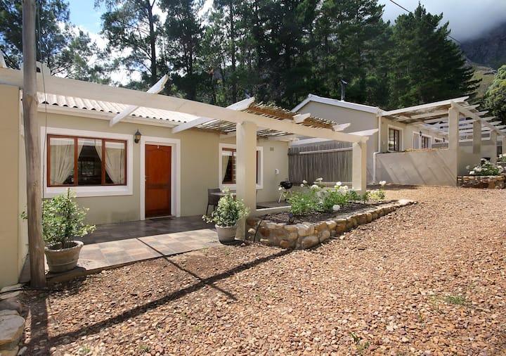 Stony Brook Cottages - Cottage 3