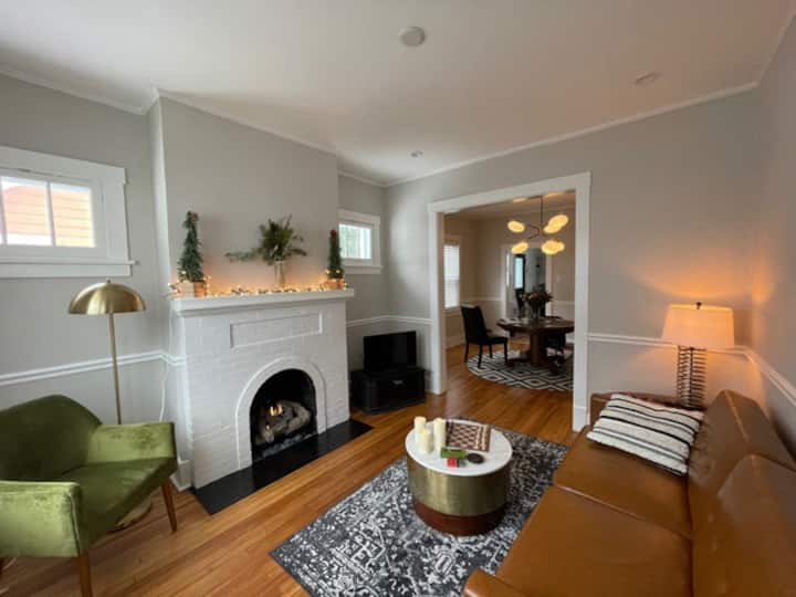 Boutique Bungalow: monthly rental