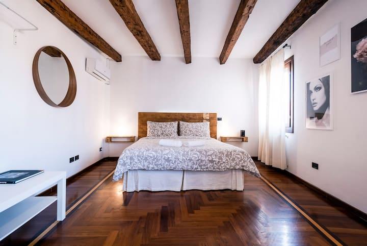 Sweet runaway Venice #2 Ai Sogni