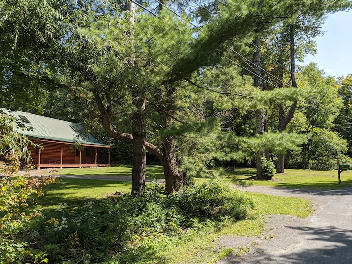 Beautiful, Secluded Cabin, Close To Hunter/Windham