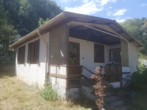 Maison de campagne en bord de forêt
