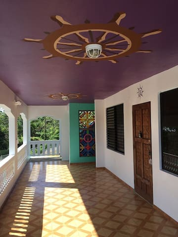 Room for 5 w/PRIVATE shower /The Hostel in Vieques
