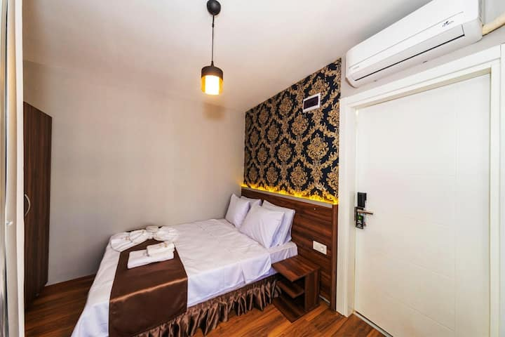 Economy Double Room In Beyoğlu