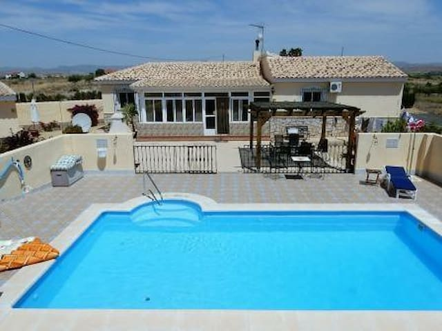 Casa Maydell - A beautiful villa in a small hamlet