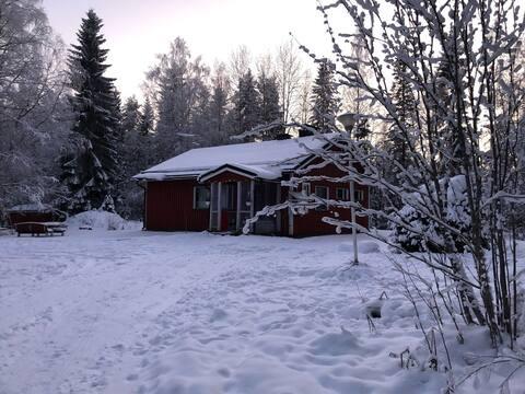 Purola holiday cottage by the lake Kivijärvi