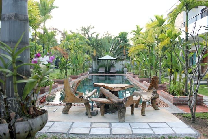 Best for Fun Pool Party Entire 4 villas 5 bedrooms