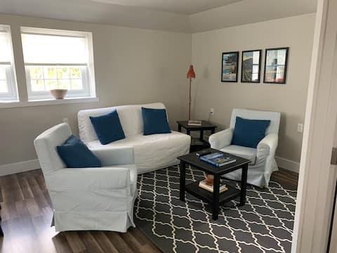 Sewickley/Edgeworth-Apartment-Clean, Bright, New!
