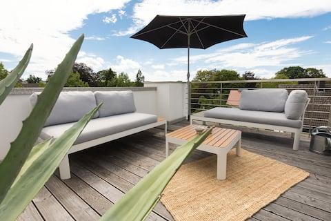 * Schickes Altbau-Appartement mit Dachterrasse *