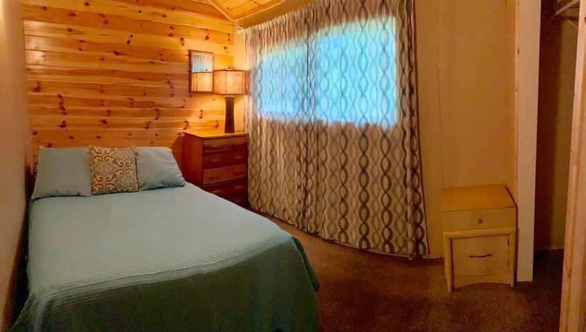 Bedroom 2 of 4 - queen