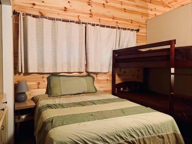 Bedroom 4 of 4 - double & bunk beds