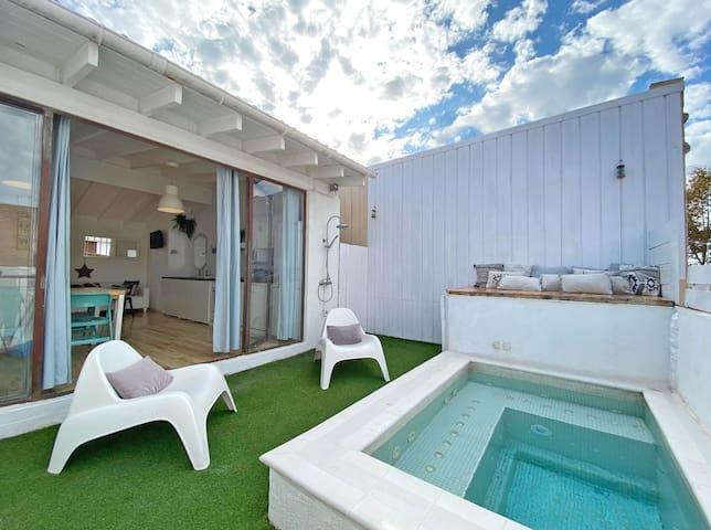 Blue House. Barcelona Beach