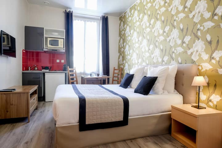 Cosy studio next to Massena Square, free cancel