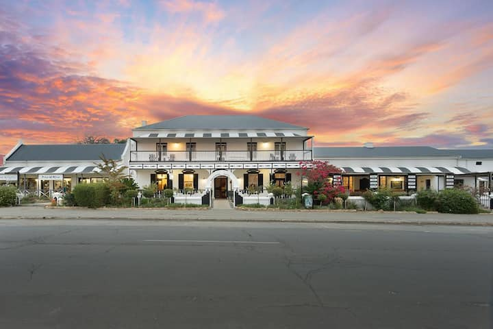 Mont d'Or Swartberg Hotel - Twin Rooms