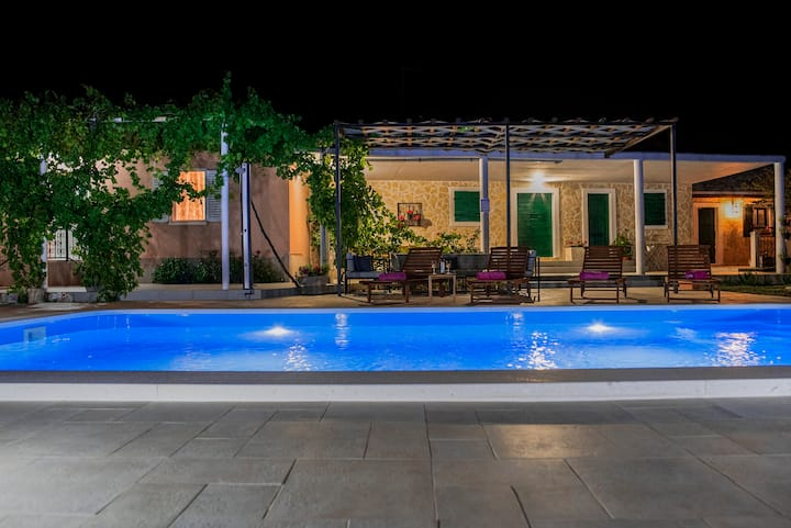 Villa Ante near Trogir with private pool of 32m2