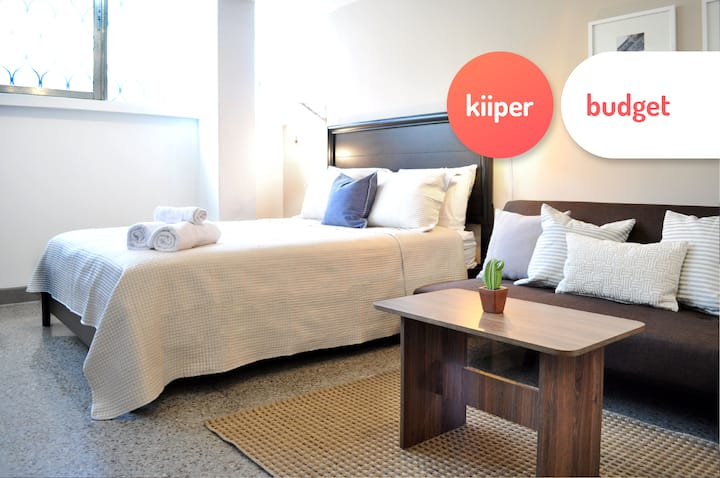kiiper budget | Relaxed Efficiency Studio | 2 PPL