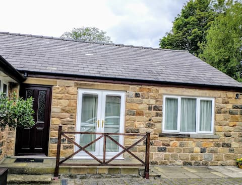 Cosy Apartment in the Peak District National Park.