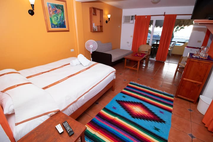 Habitación con vista al mar en playa Zicatela