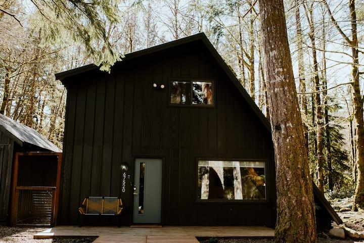 Niksen House: Scandanvian style Cabin at Mt. Hood